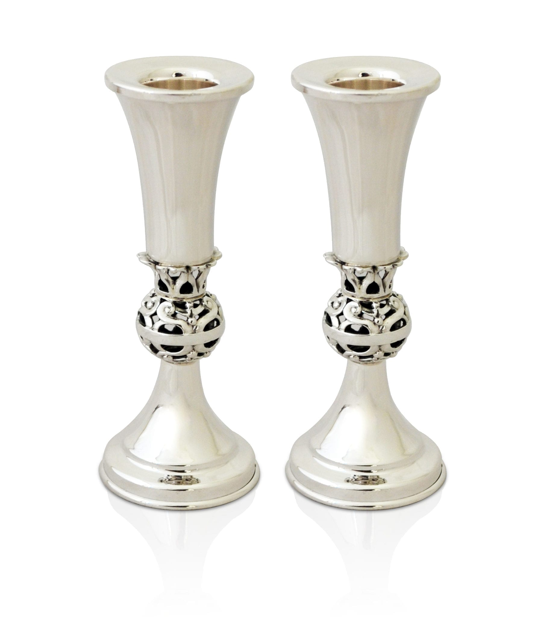 Petite, modern sterling silver candlesticks. Shabbat Judaica made in Israel
