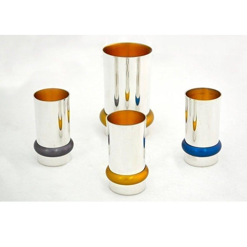 Modern 4 colorful liqueurs set