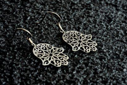 14k White Gold Hamsa Dangle Earrings